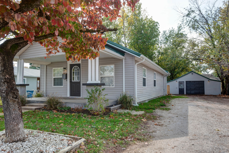 2428 West Nichols Street Springfield, MO 65802