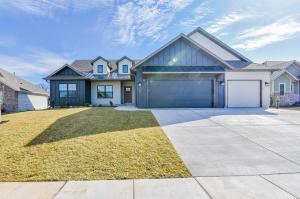 4717 East Forest Trails Drive, Springfield, MO 65809