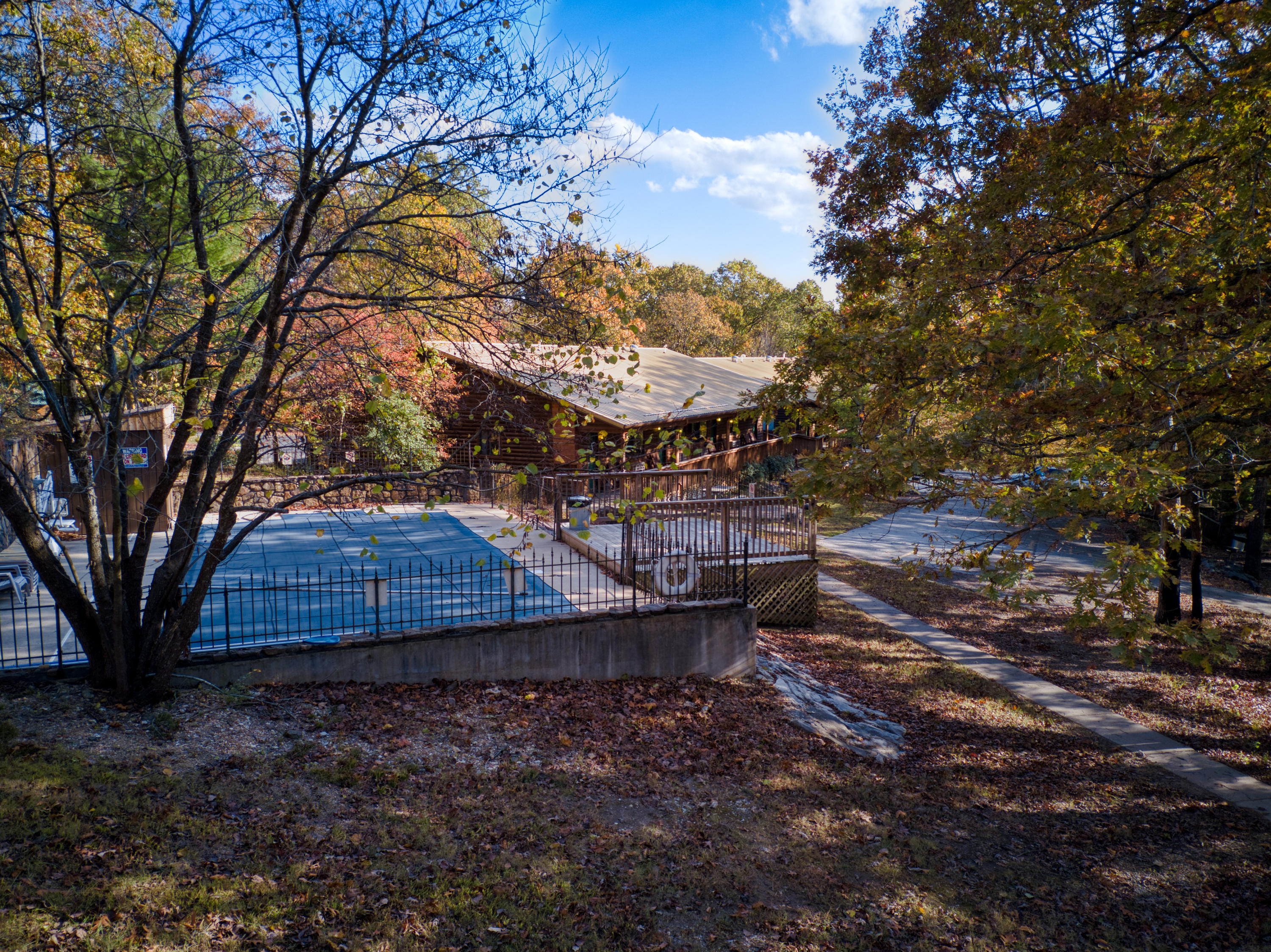 23477 State Hwy Cassville, MO 65625