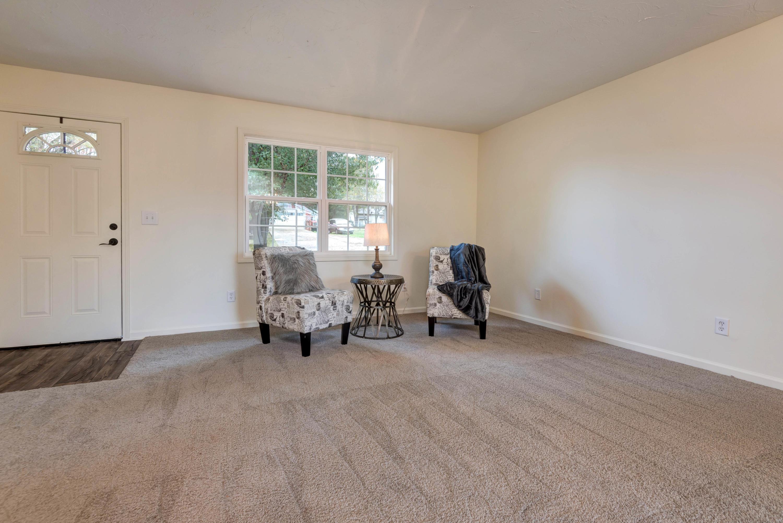 176 Swan Drive Forsyth, MO 65653
