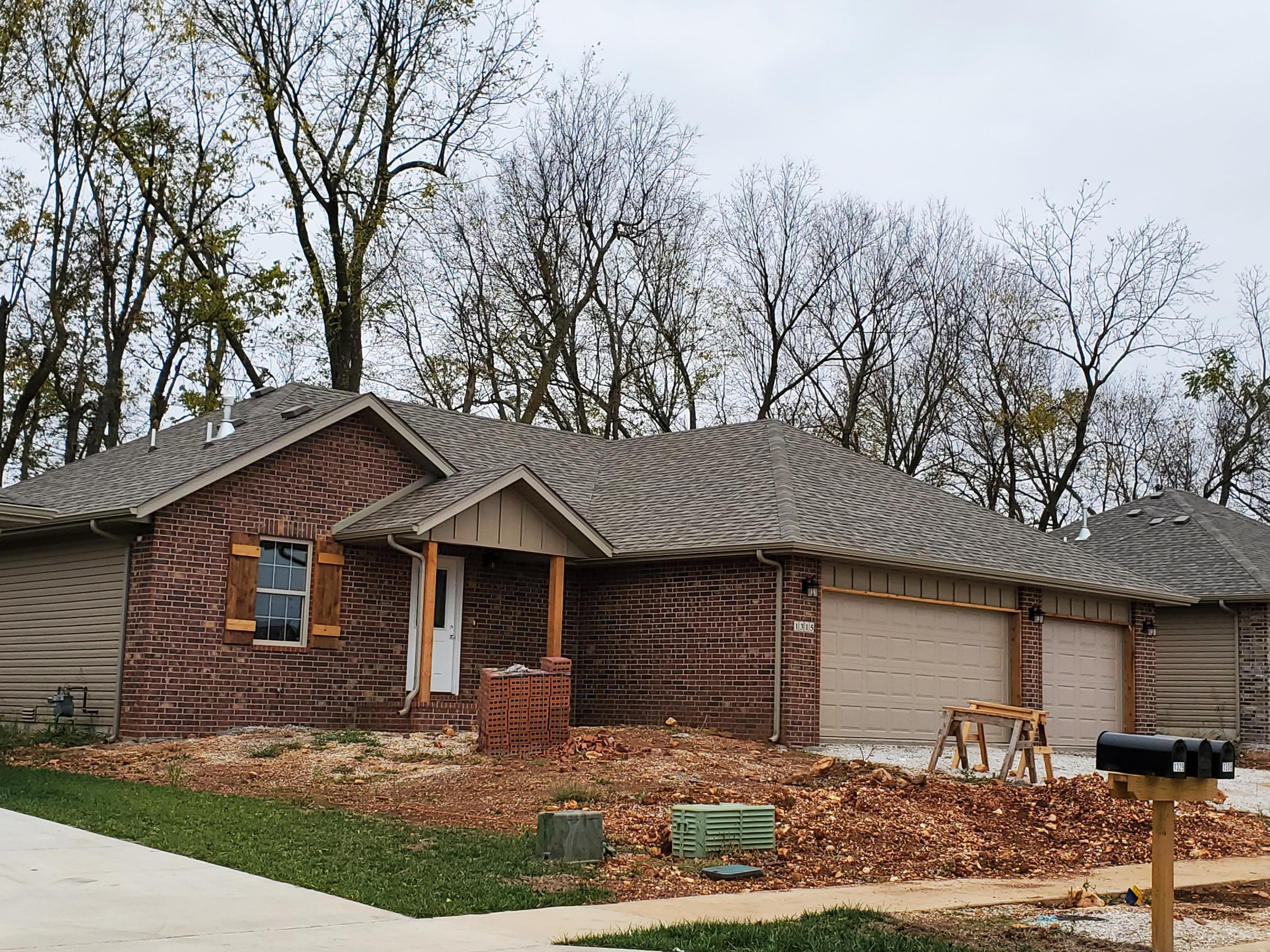 1315 South Mulberry Avenue Springfield, MO 65802