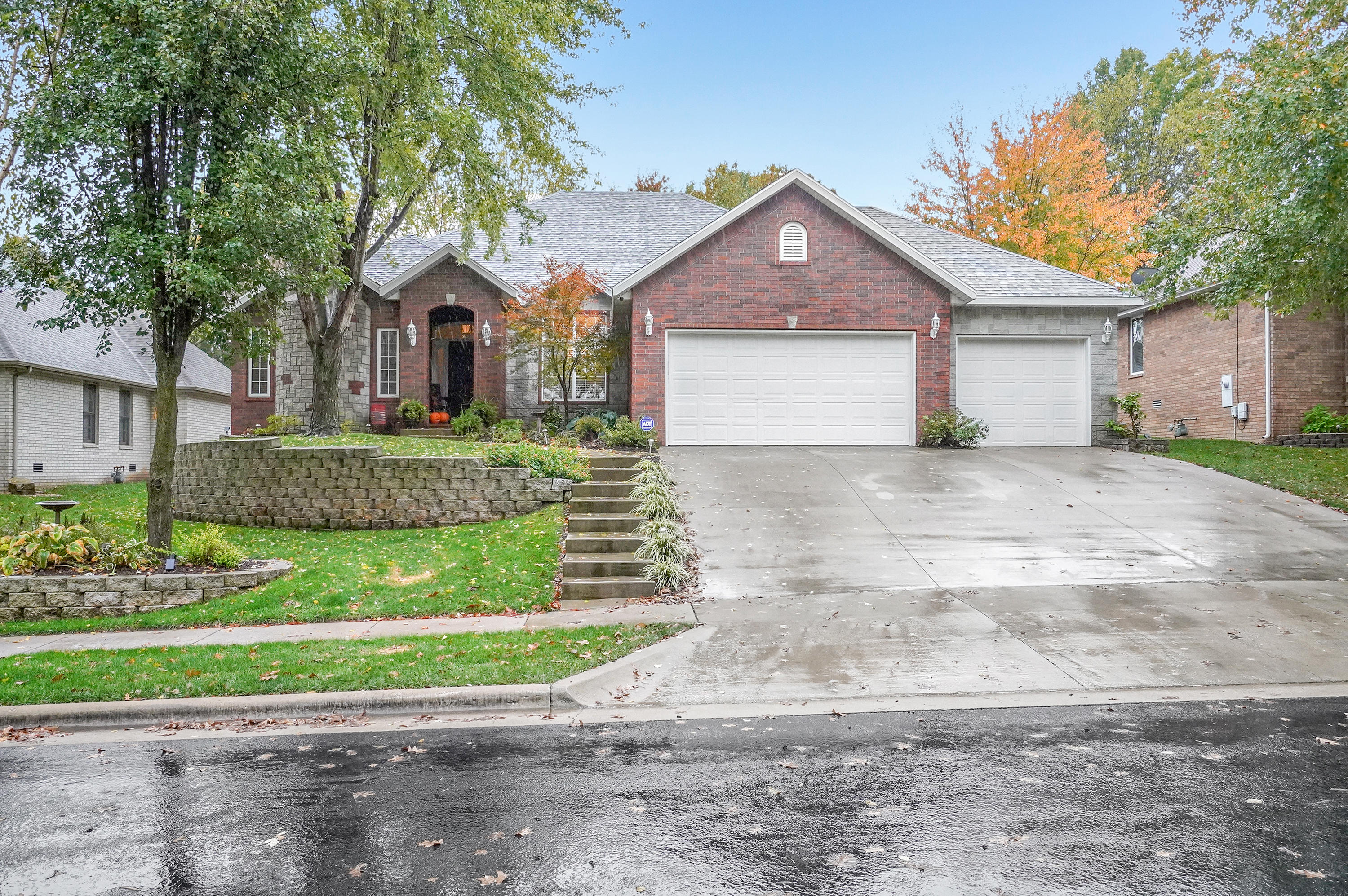 1020 West Valley Way Springfield, MO 65810