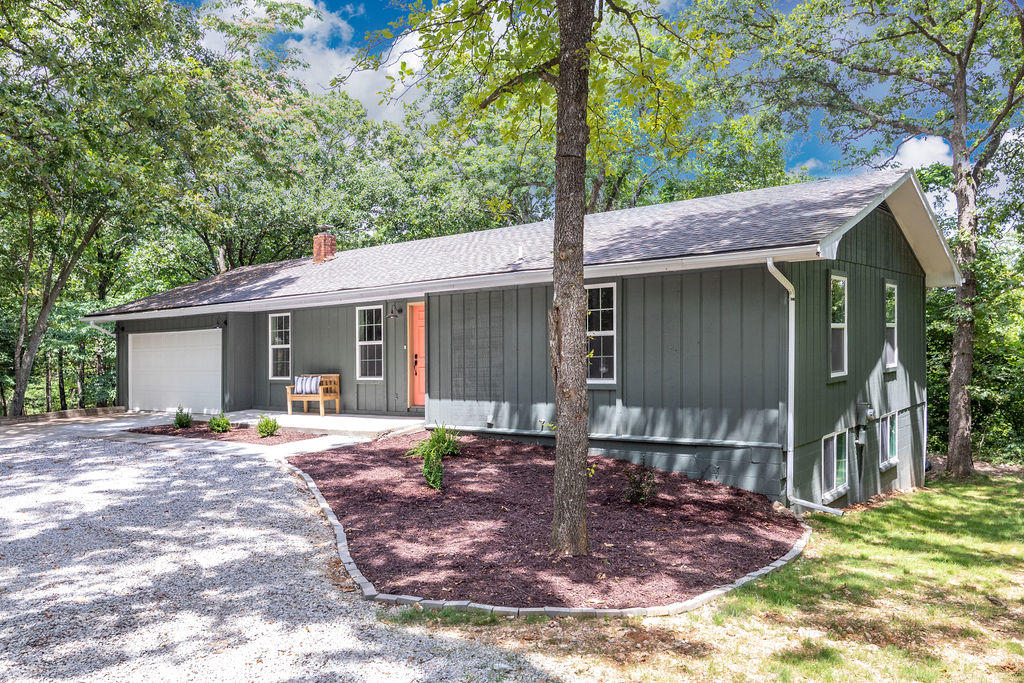 473 Norman Road Kirbyville, MO 65679