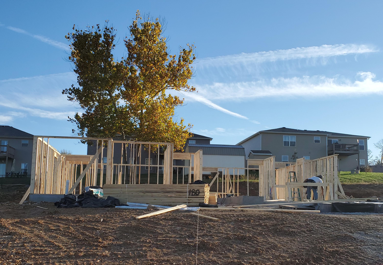 180 Bald Cypress Court Hollister, MO 65672