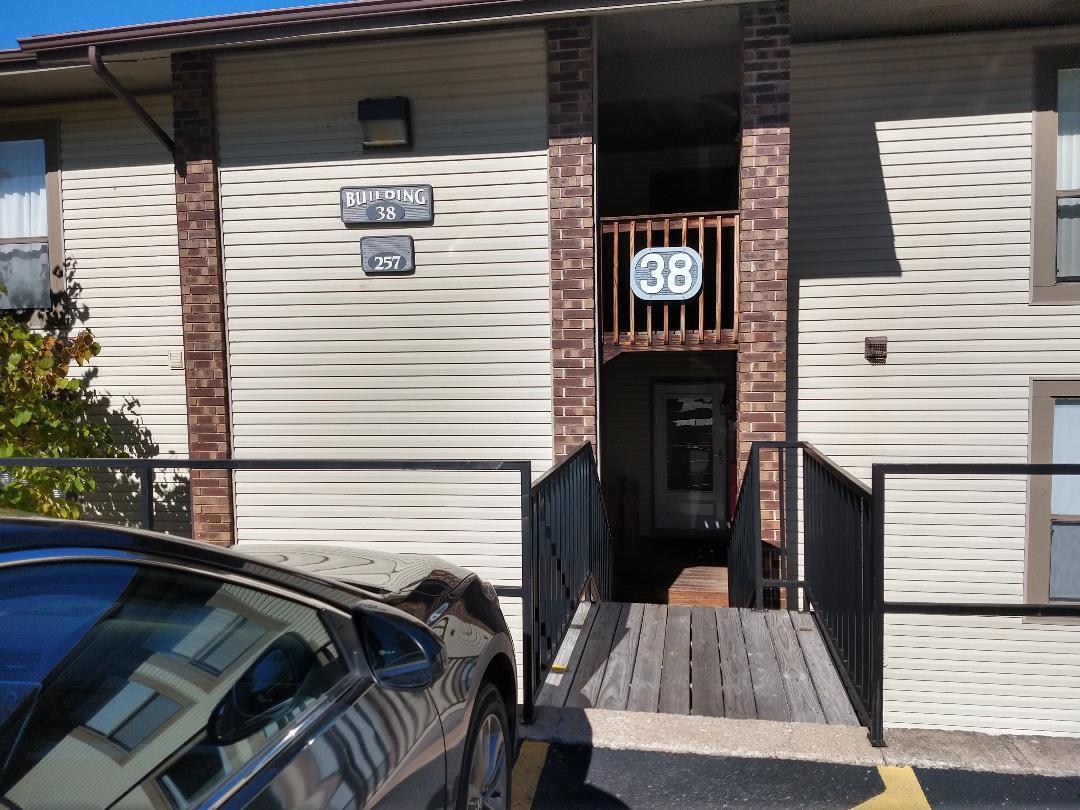 257 Clubhouse Drive UNIT (Unit 15) Branson, MO 65616