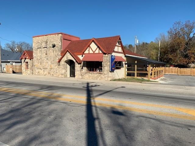1809 South Business Us-65 Hollister, MO 65672