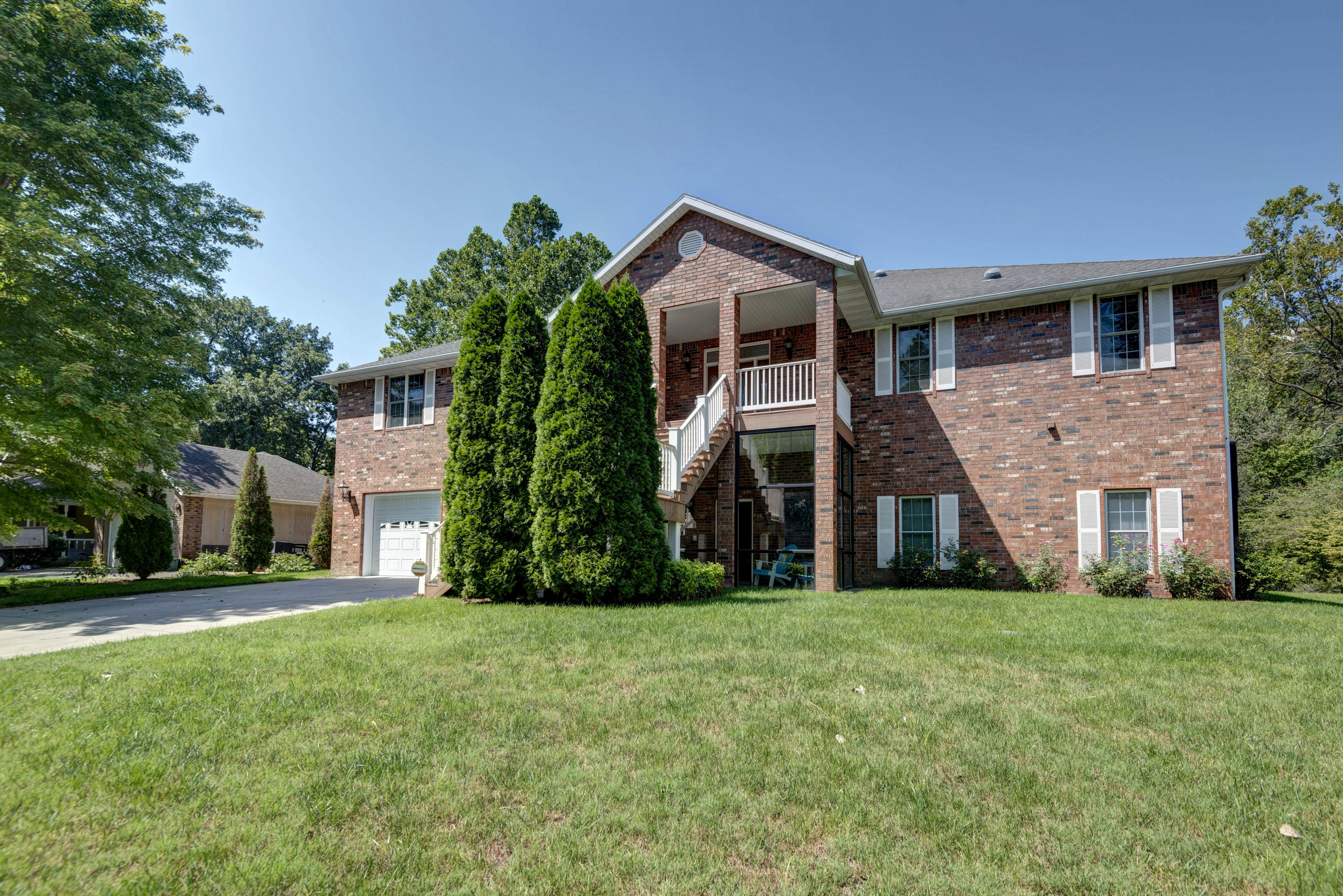 440 Foggy River Road Hollister, MO 65672