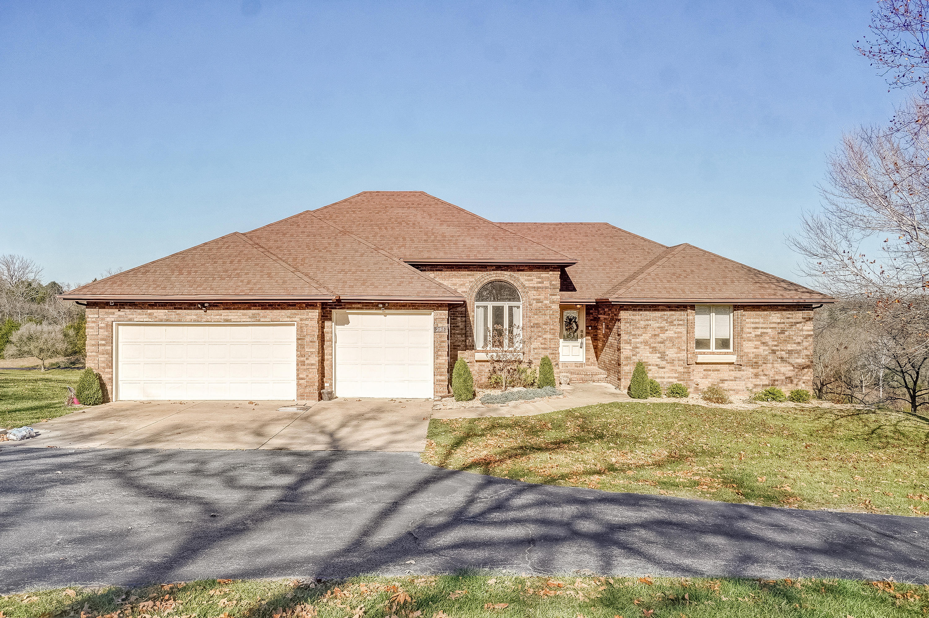 251 East River Bluff Drive Ozark, MO 65721