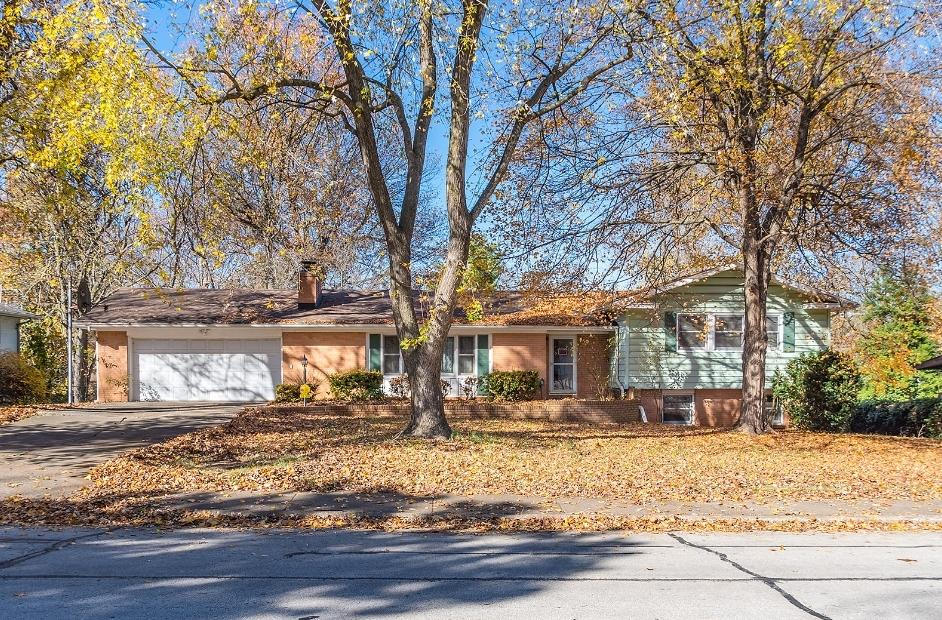 2639 South Luster Avenue Springfield, MO 65804