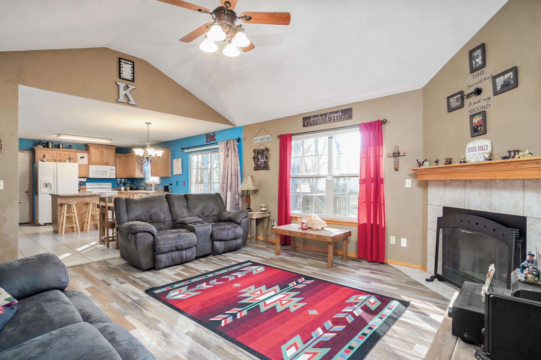 192 Bradley Court Highlandville, MO 65669