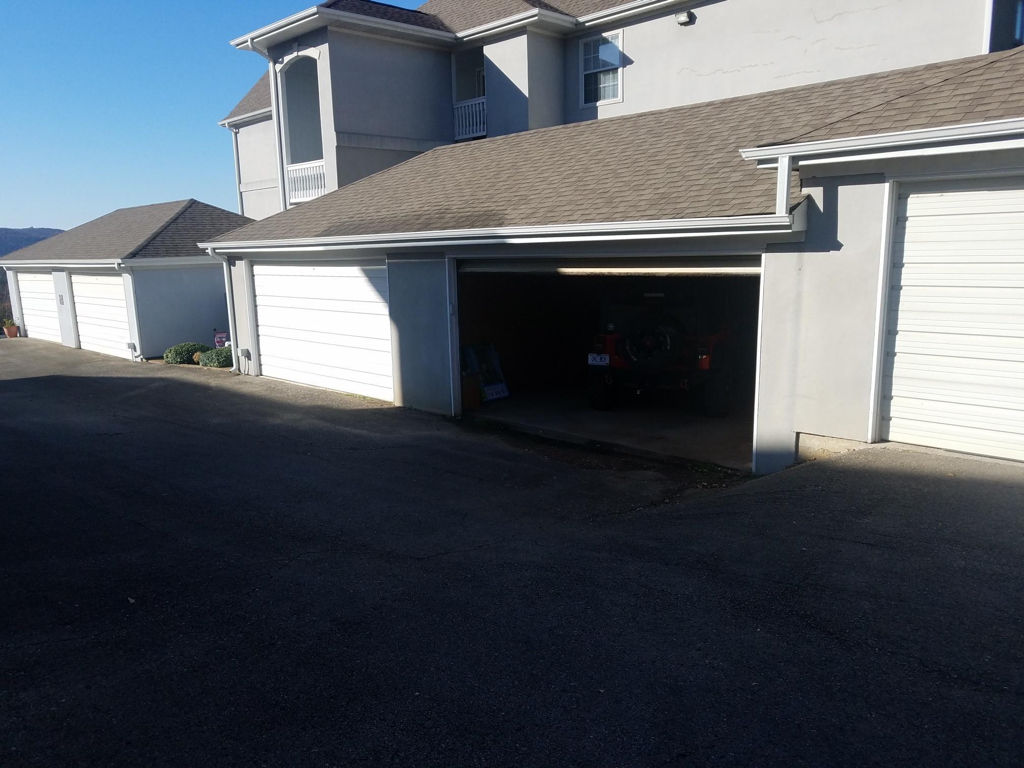 310 Woodland Drive Branson, MO 65616
