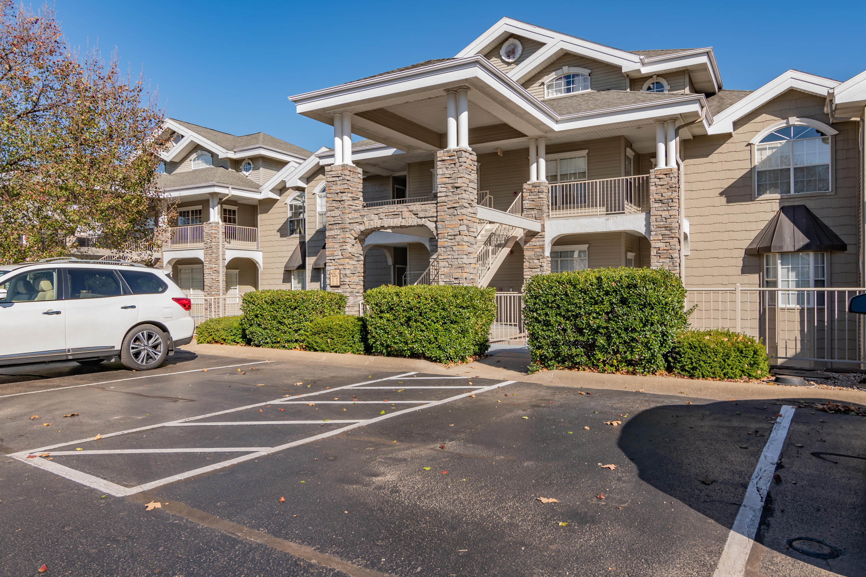 300 Glory Road UNIT #1 Branson, MO 65616