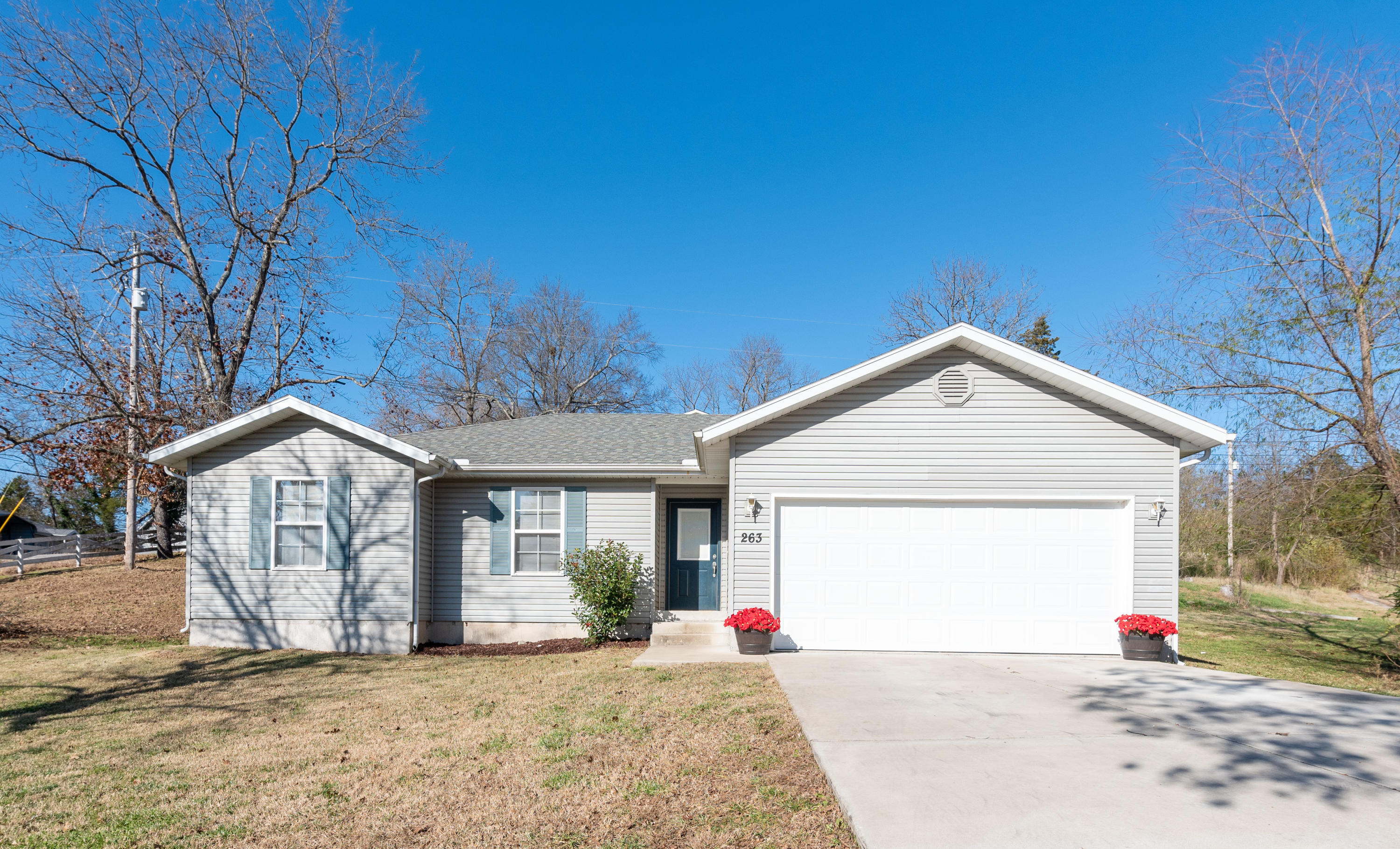 263 West Road Branson, MO 65616