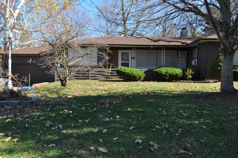 2548 North Campbell Avenue, Springfield, Missouri 65803