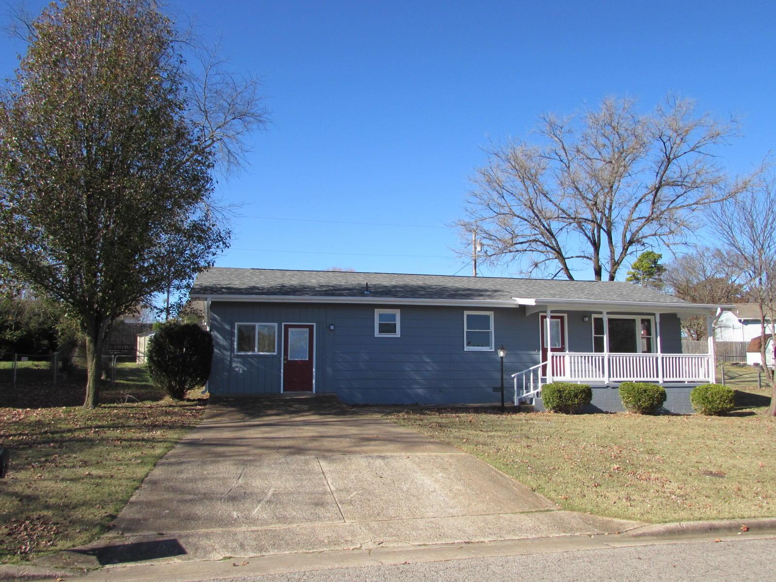 1811 Colonial Drive Branson, MO 65616
