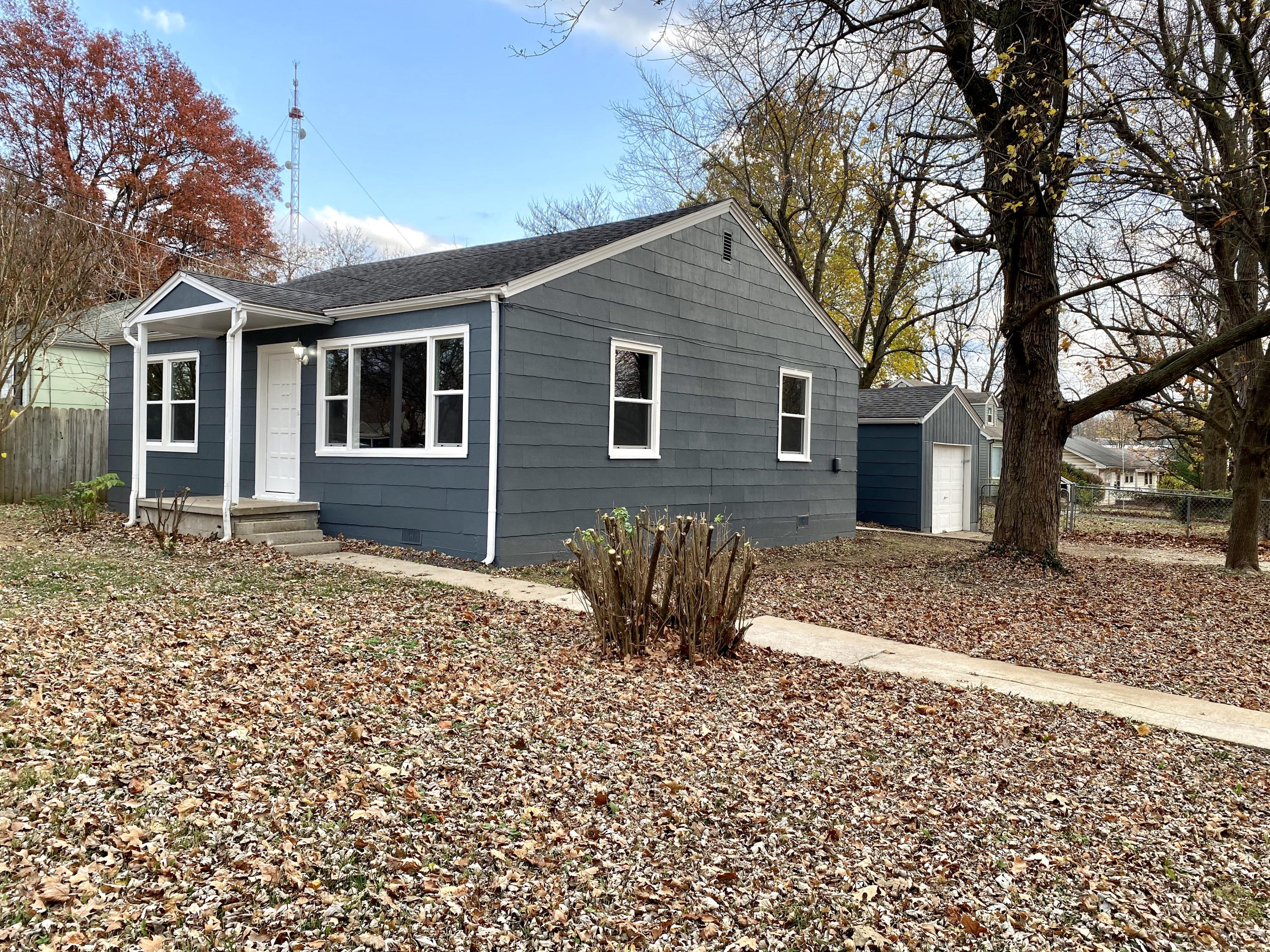 1046 West Stanford Street Springfield, MO 65807