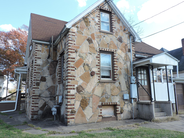 825 North Grant Avenue Springfield, MO 65802