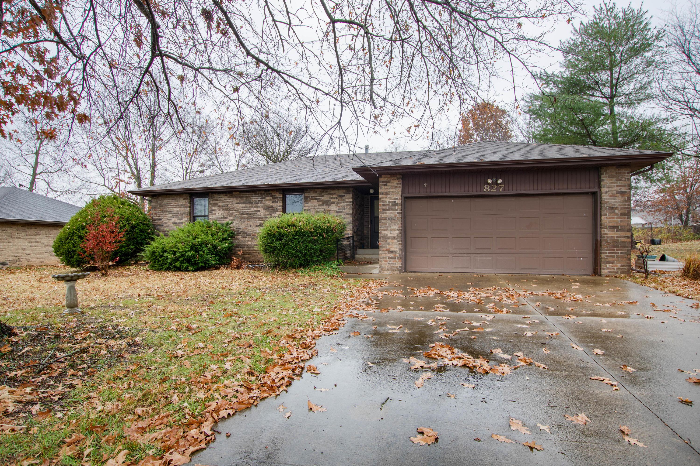 827 Barwick Place, Willard, Missouri 65781