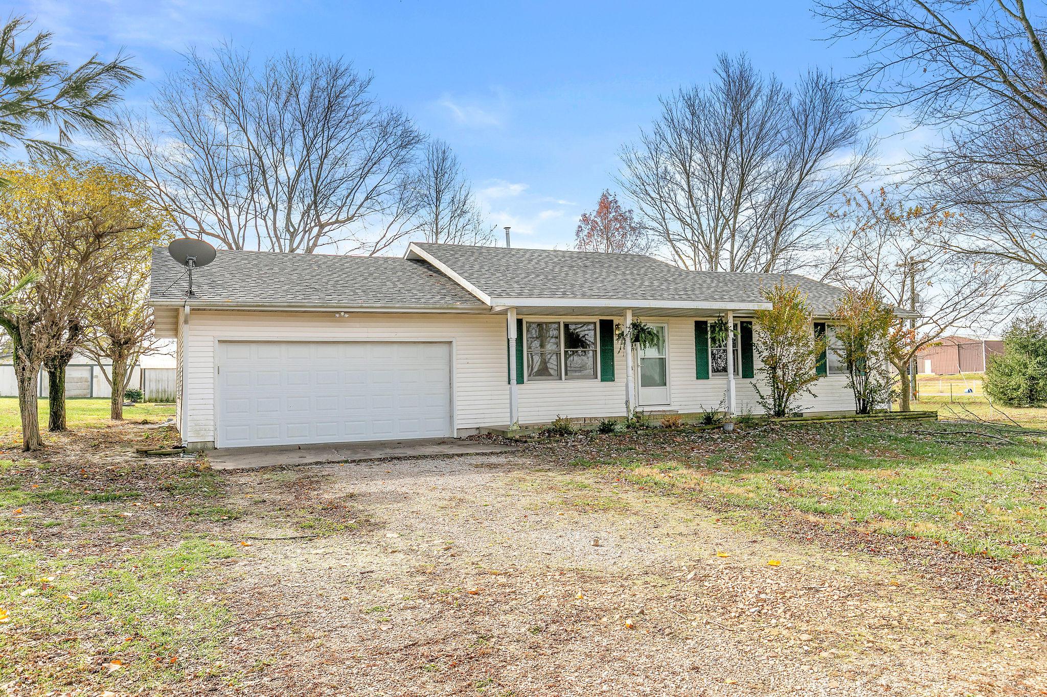 328 Jackson Spring Road Ozark, MO 65721
