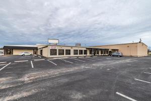 2160 North Fox Hollow Drive West, Nixa, MO 65714