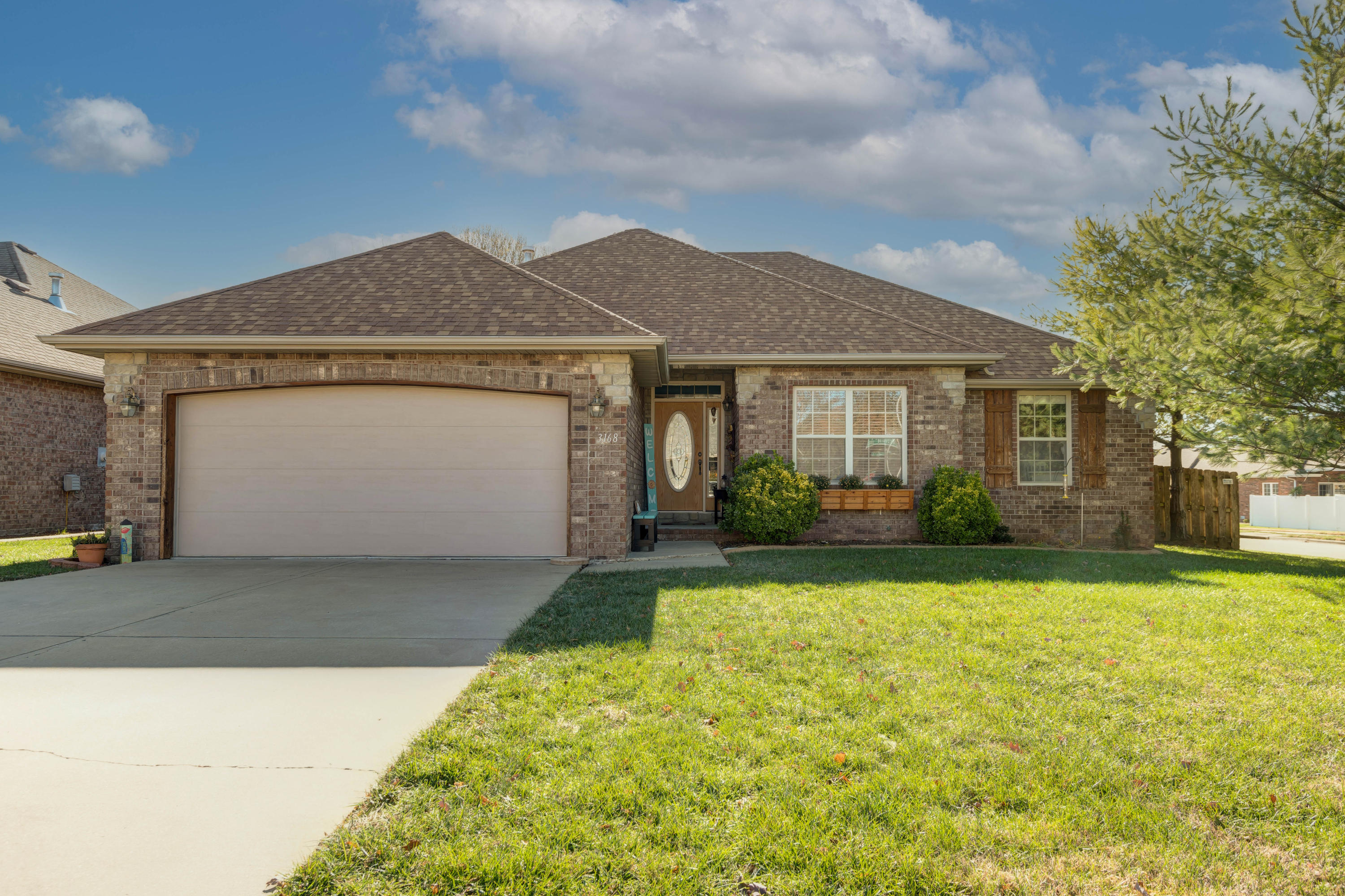 3168 West Melbourne Street Springfield, MO 65810