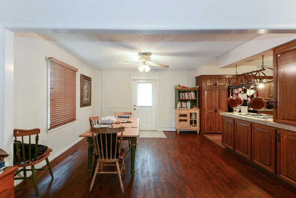 207 Wilshire Drive Hollister, MO 65672
