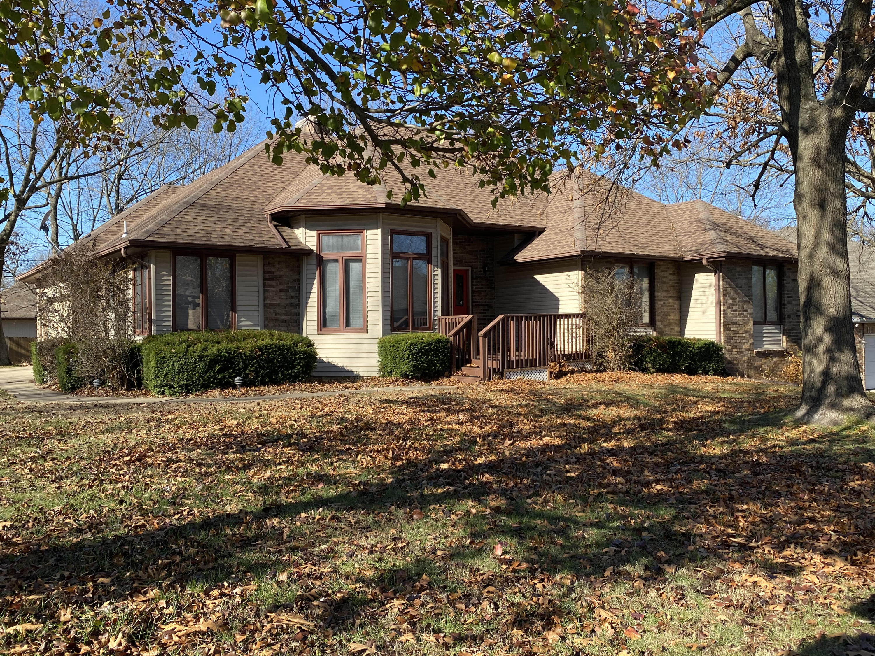 3865 North Daniels Court Springfield, MO 65803