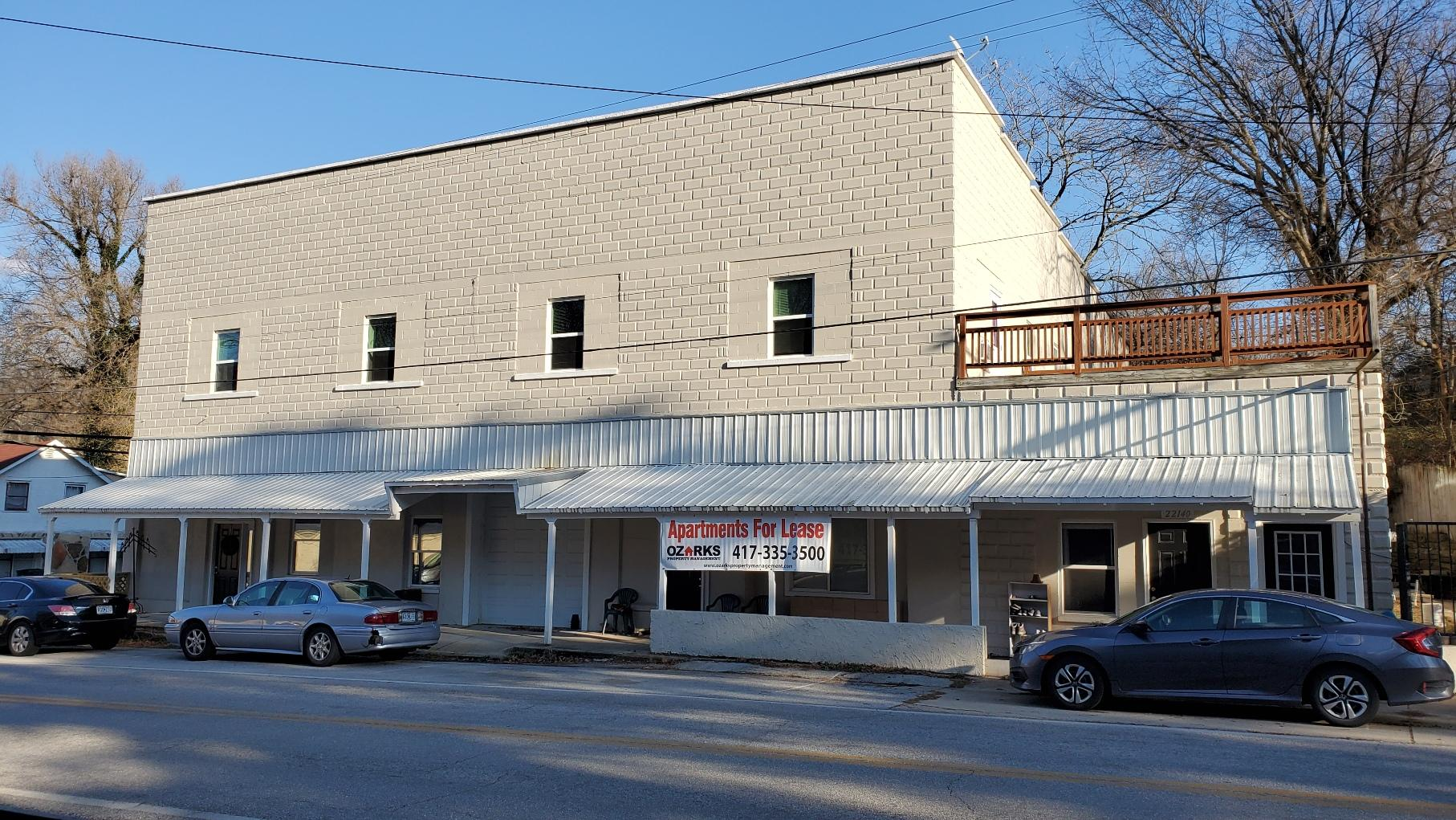 22140 East Main Street Reeds Spring, MO 65737