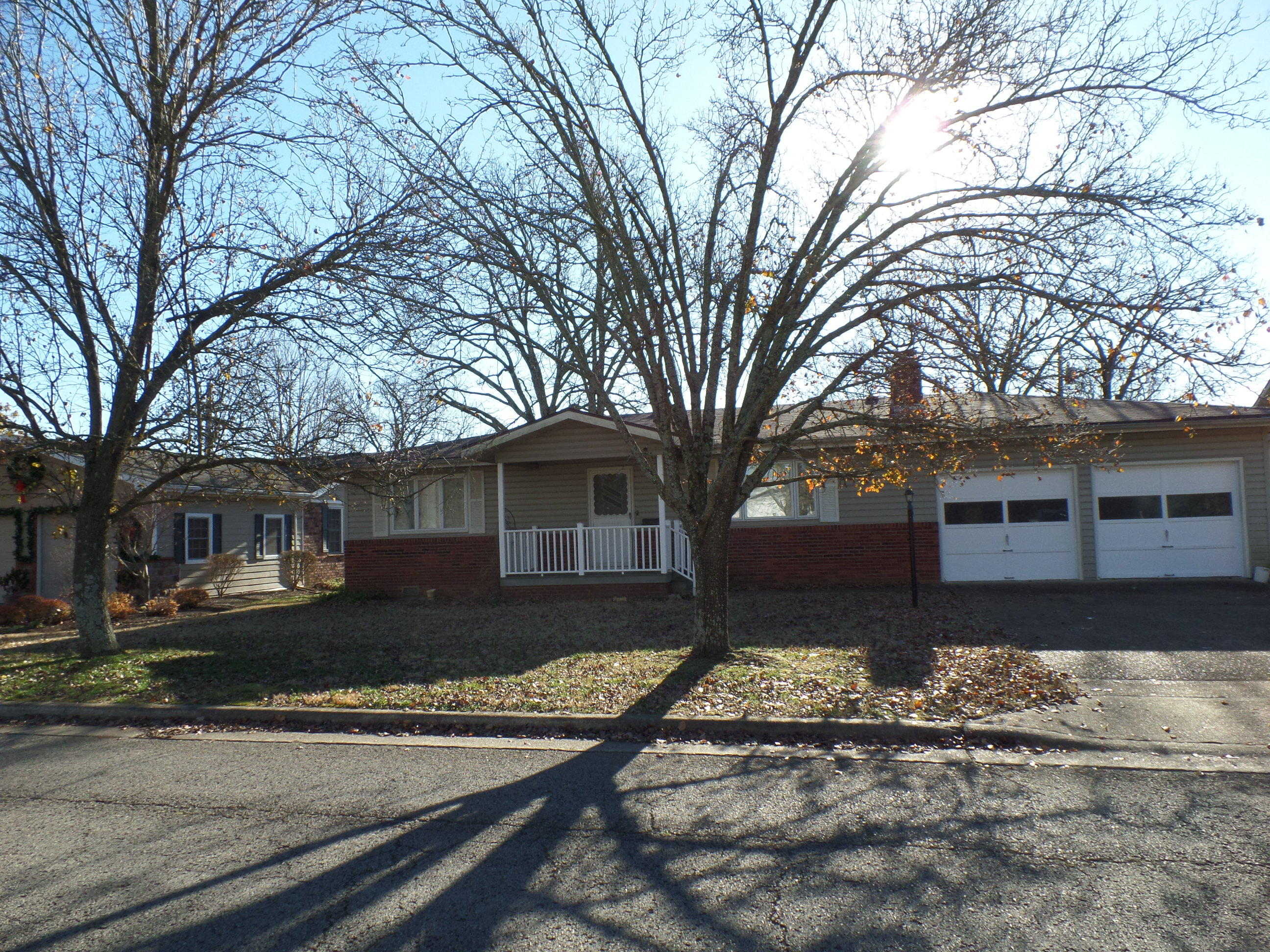 1704 Neihardt Avenue Branson, MO 65616