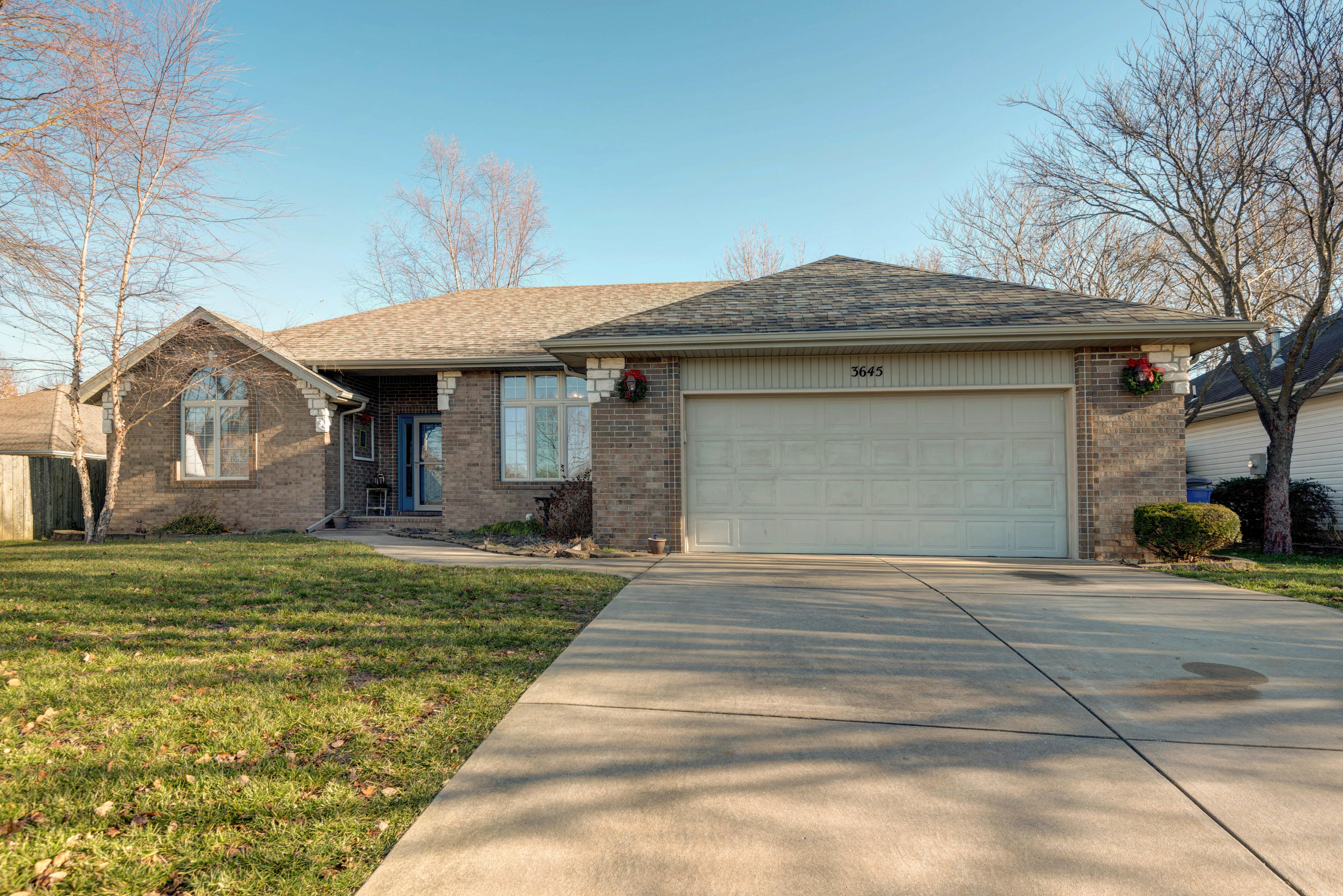 3645 Oak Run Street Battlefield, MO 65619