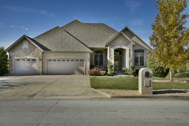 1482 West Silver Oak Drive Springfield, MO 65810