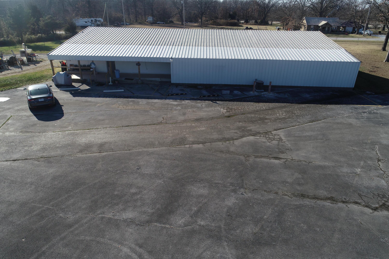 9898 North Richland Road Willard, MO 65781