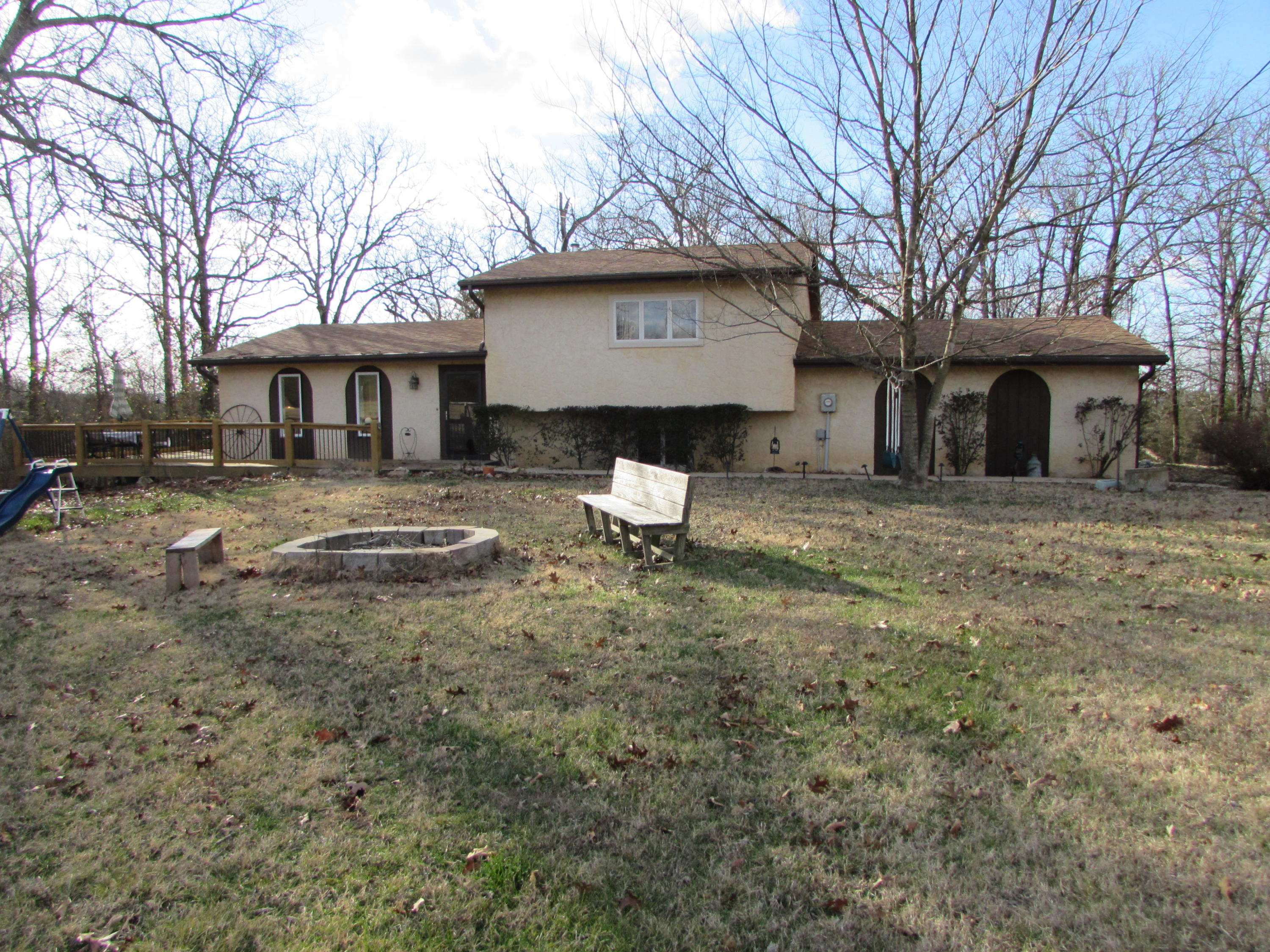 1354 Deer Lane Kirbyville, MO 65679