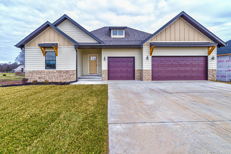 1405 East Hayloft Drive Ozark, MO 65721