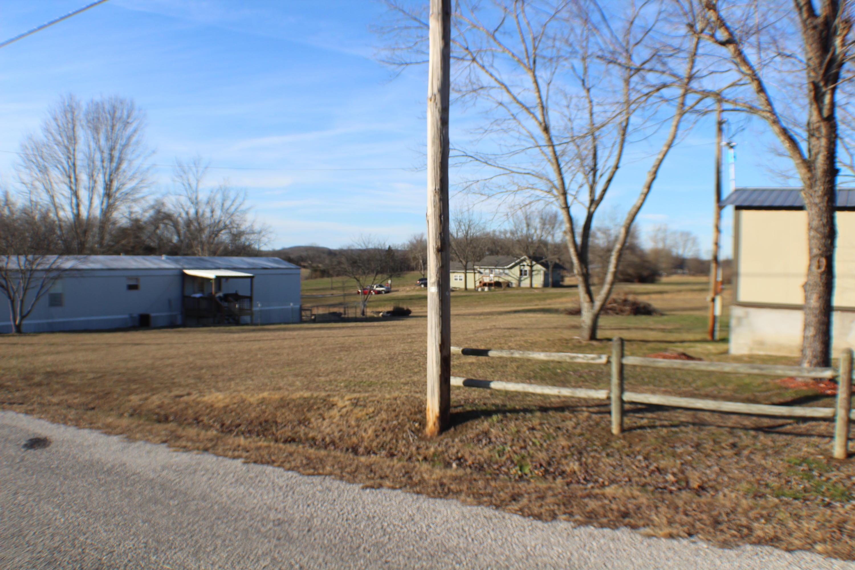 25076 Farm Road Golden, MO 65658