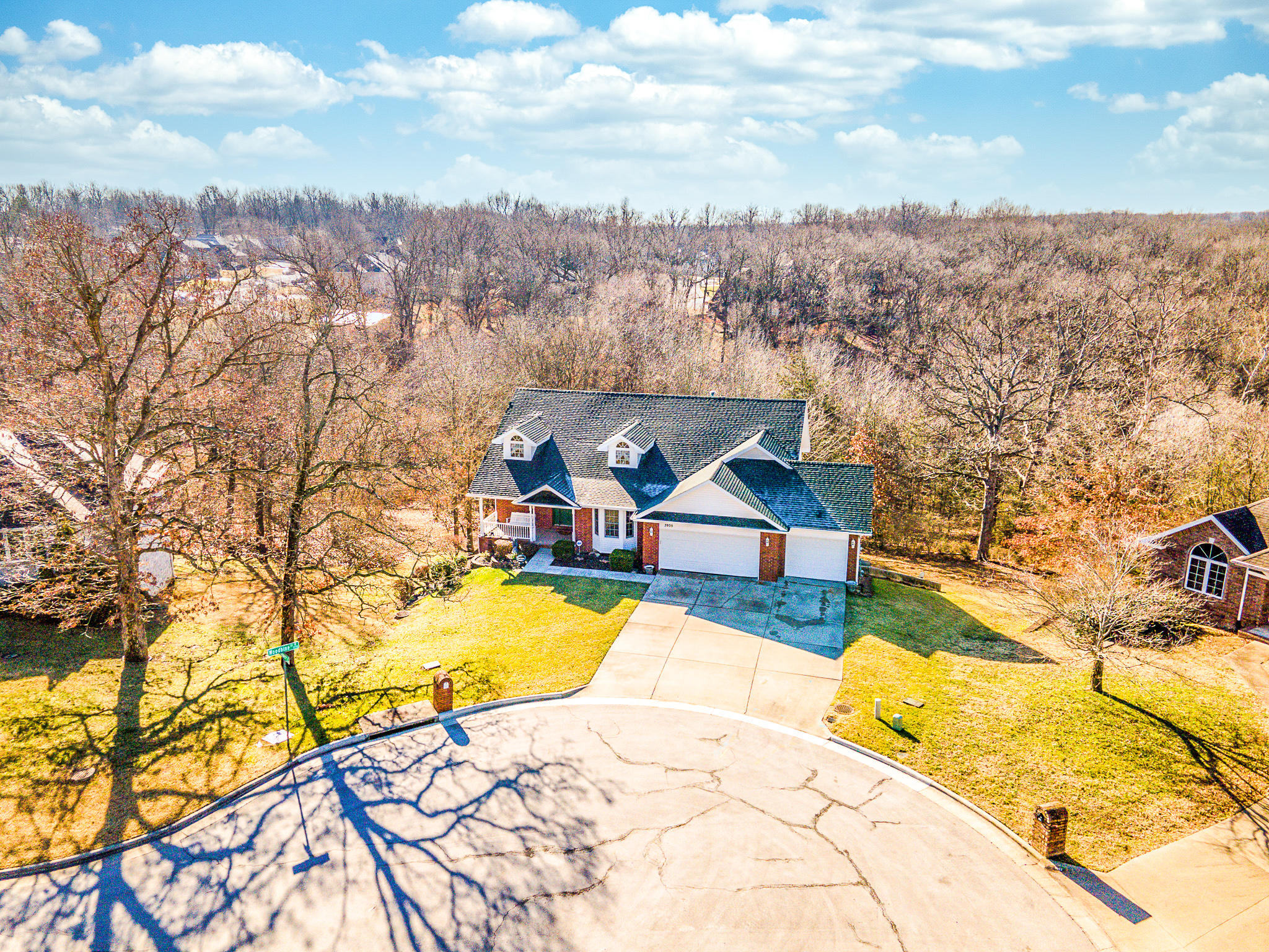3935 North Williams Place Springfield, MO 65803