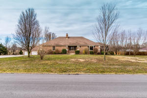 5185 South West Wood Drive, Republic, MO 65738