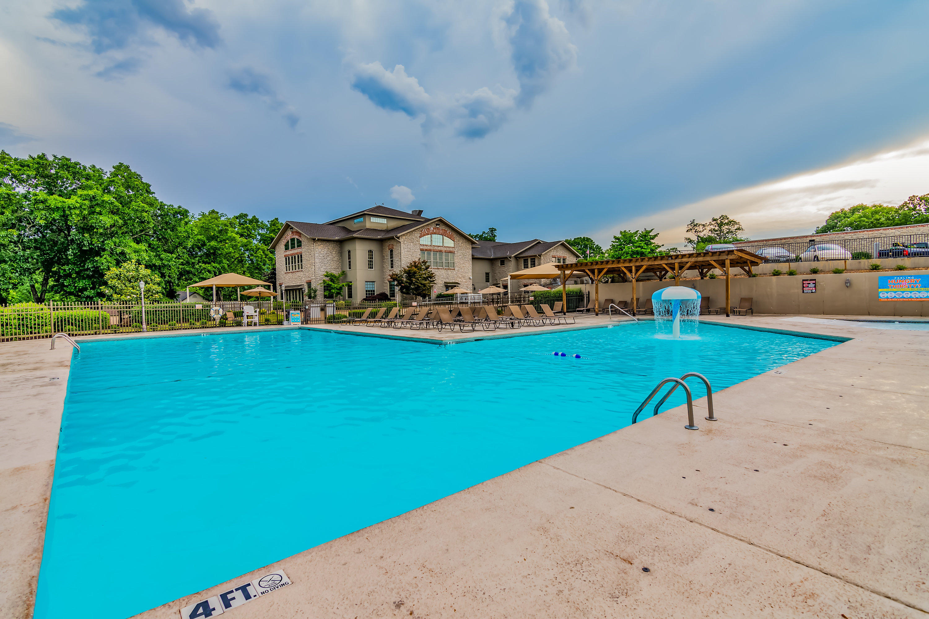 187 Clubhouse Drive Branson, MO 65616