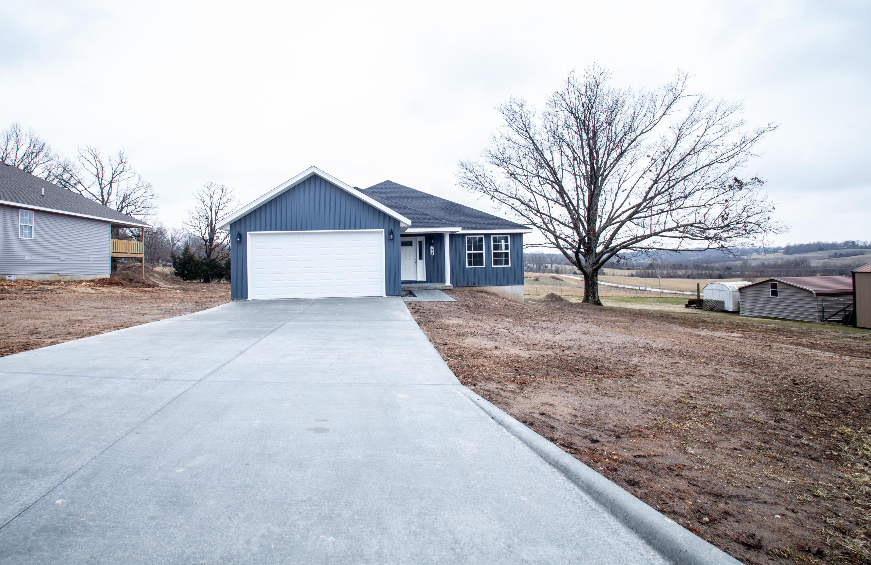 172 Crestwood Drive Marshfield, MO 65706