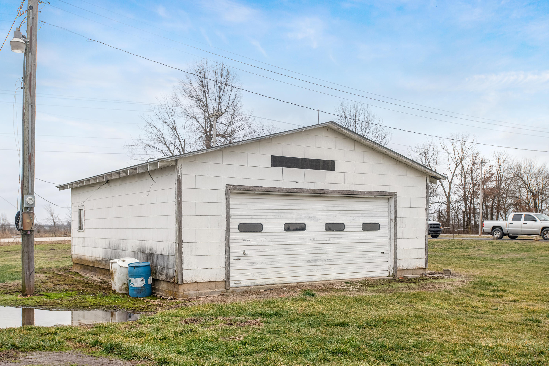 1605 South Farm Rd Springfield, MO 65802