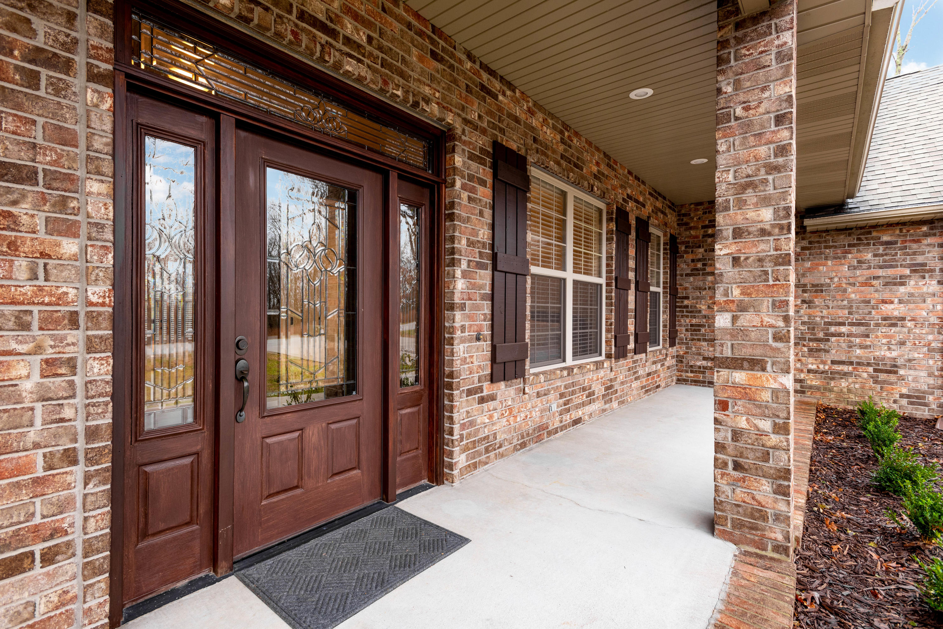 230 North Ridge Place Branson, MO 65616