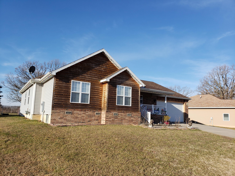 1645 West Brook Street, Marshfield, Missouri 65706