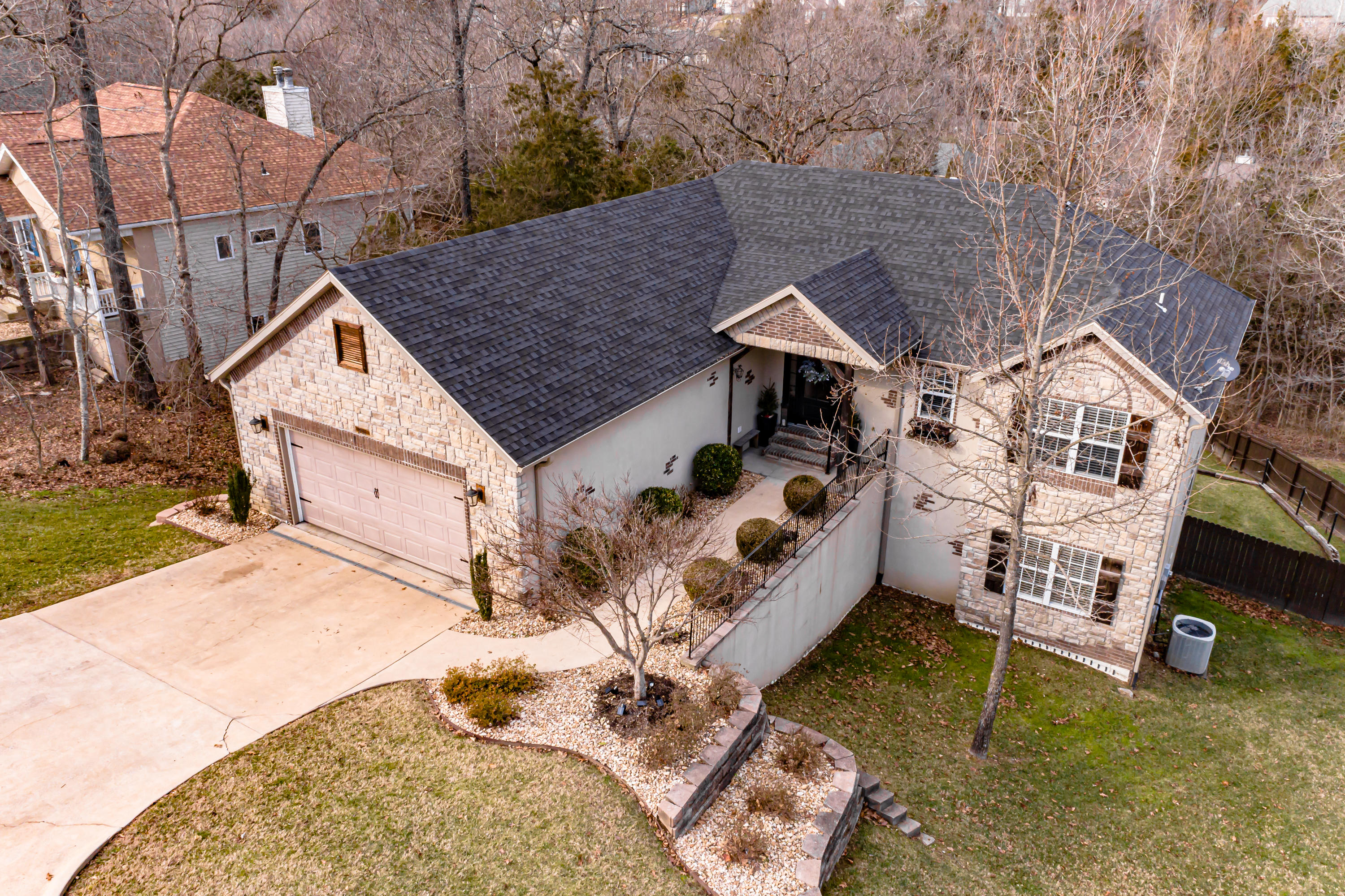 277 Country Bluff Drive Branson, MO 65616
