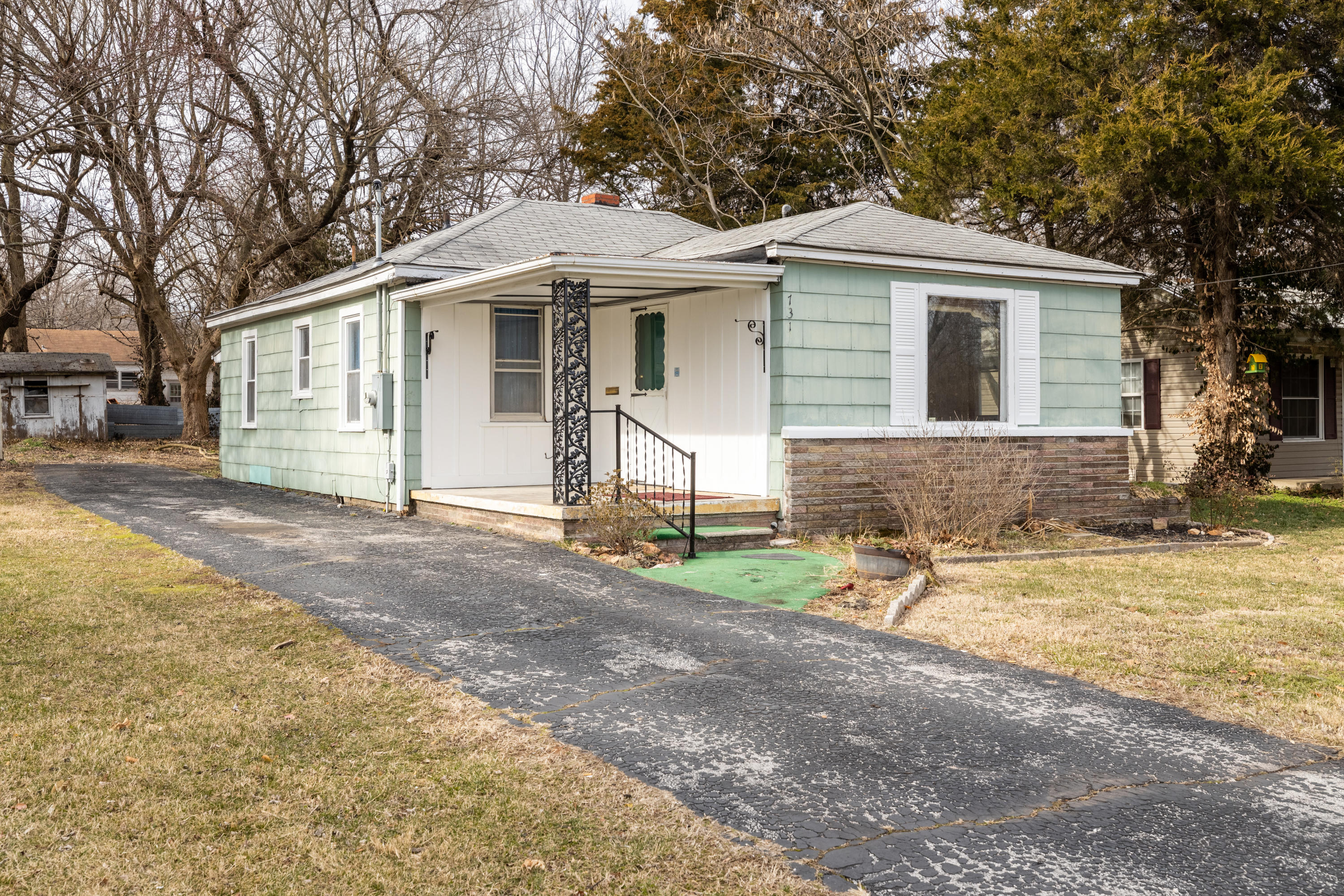 731 South Park Avenue Springfield, MO 65802