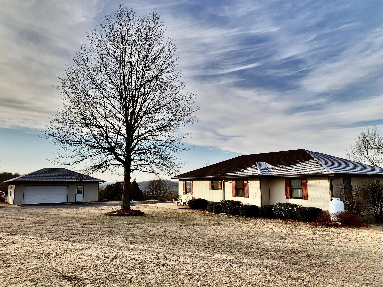 196 Badd Road Bradleyville, MO 65614