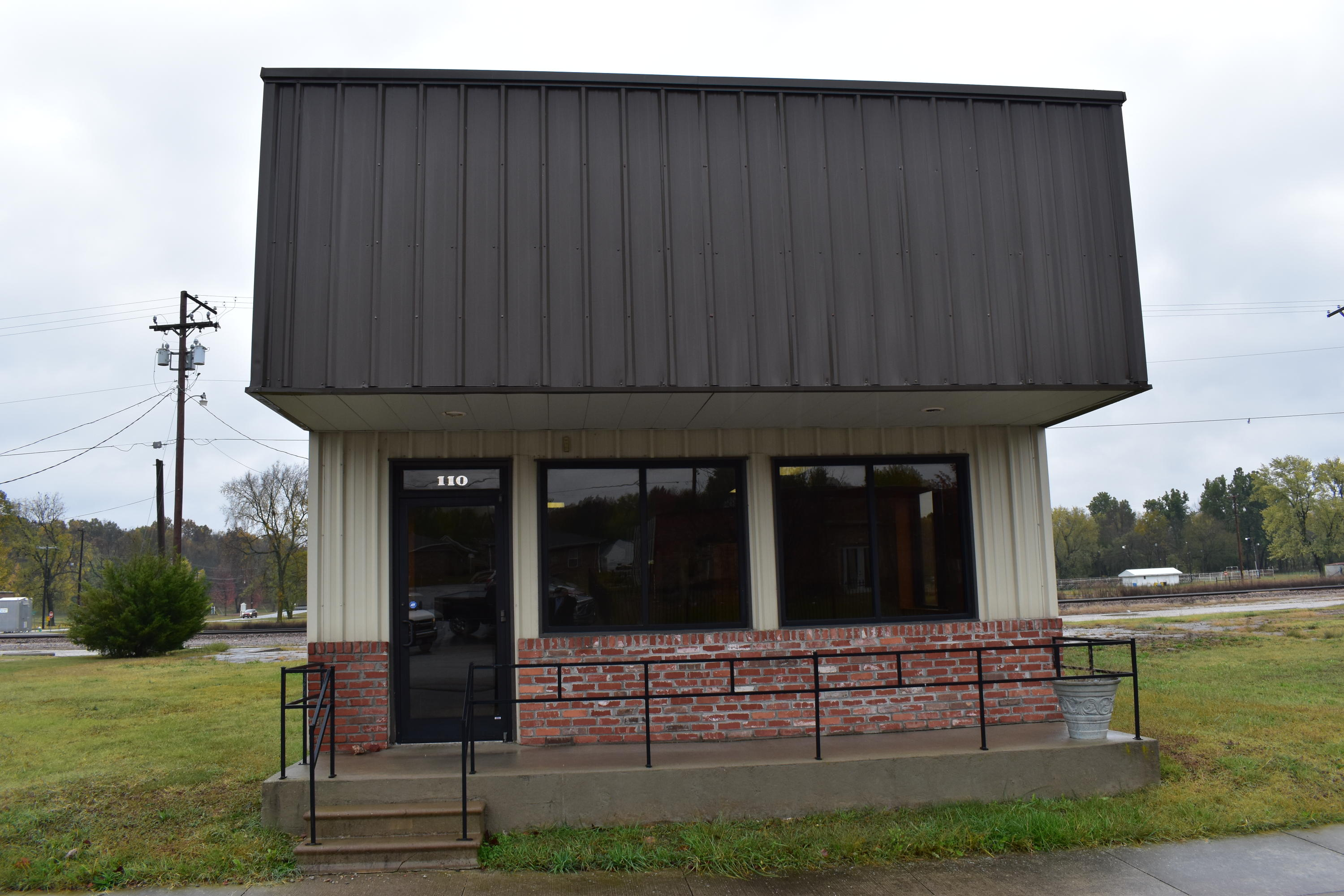 110 East Commercial Street Pierce City, MO 65723