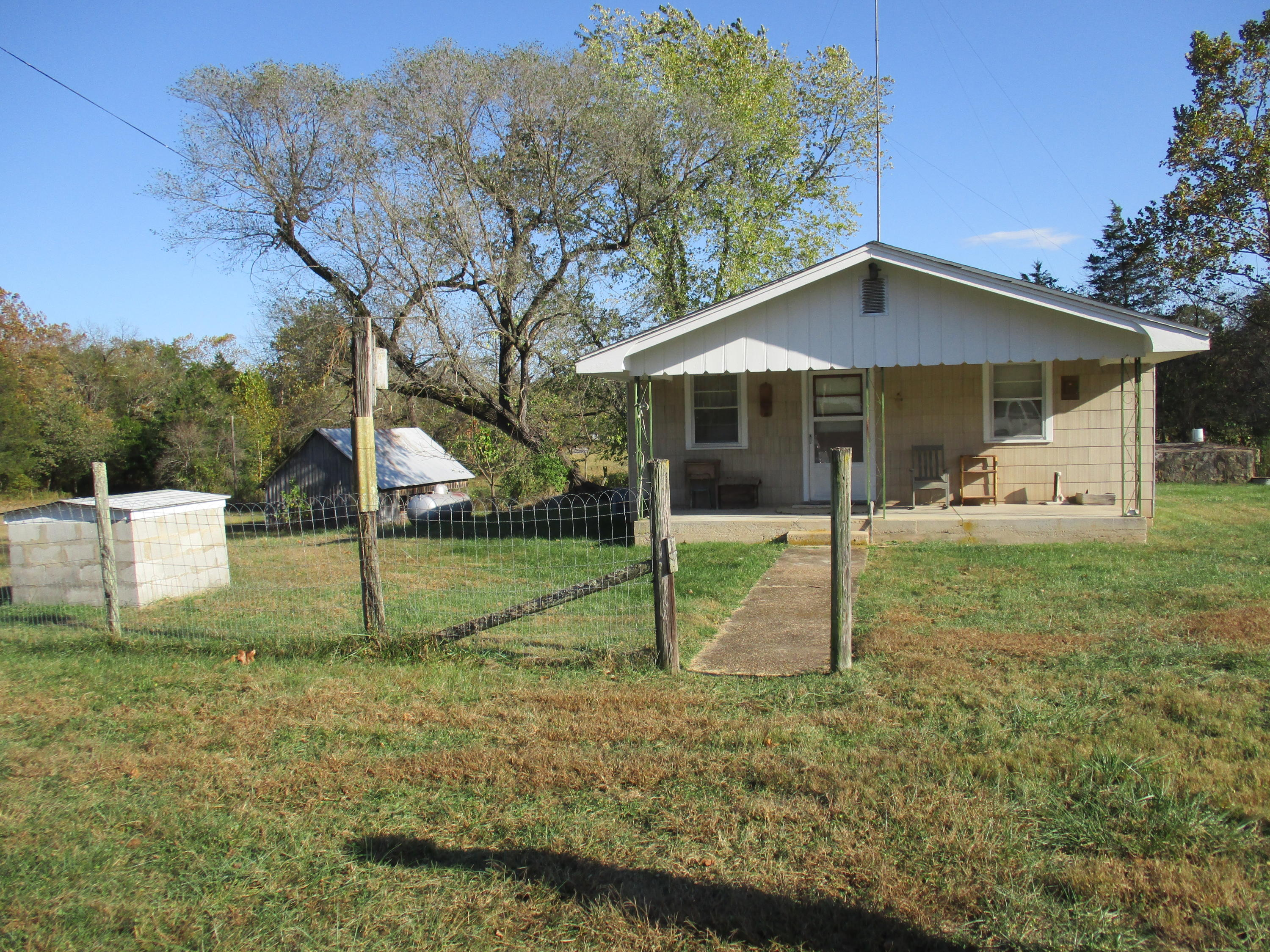 5695 State Hwy Gainesville, MO 65655