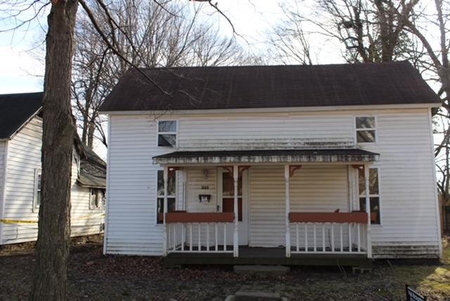 222 West Locust Street Aurora, MO 65605