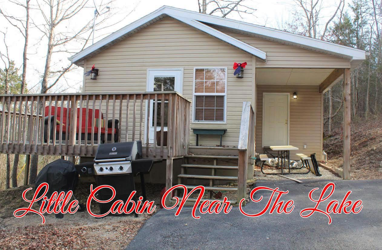 53 Chassity Road Galena, MO 65656