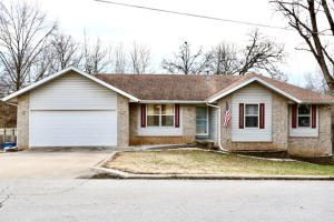 102 Willow Lane, Nixa, MO 65714
